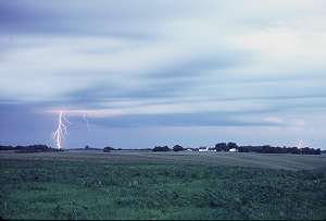 Lightning near Mingo, Iowa